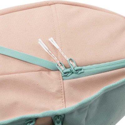 Aevor Rucksack Daypack Bichrome Bloom detailliert