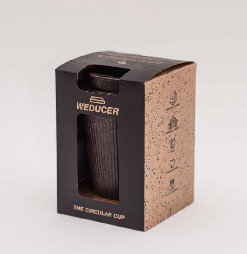 Kaffeeform Becher verpackt Farbe dunkelbraun