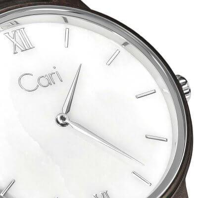 Cari Holz Uhr Athen detailliert