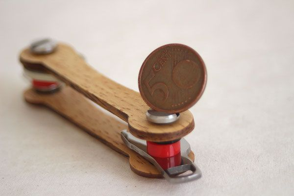 Keycabin Schlüsselanhänger aus Eiche - Münze