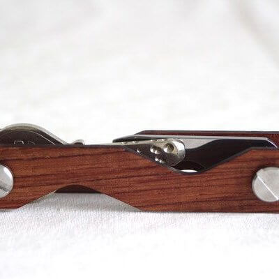 Keycabin Schlüsselbund Farbe Rosenholz geschlossen