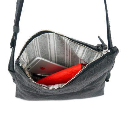 vegane Handtasche schwarz von oben